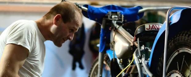 In spatele unor starturi reusite in concurs sta de cele mai multe ori , pe langa maiestria pilotului , starea tehnica a motocicletei de concurs. Evident aceasta trebuie sa...