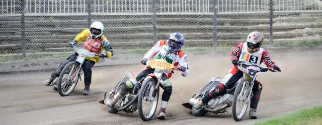 Duminica a avut loc etapa a III - a a Campionatului National la Perechi la Speedway. La finalul etapei clasamentul a fost urmatorul: primul loc a fost ocupat de perechea...