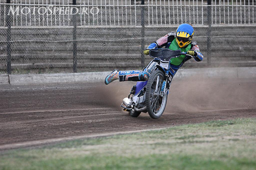 Detaliu foto - Ultima etapa campionatul national individual speedway 2012 125