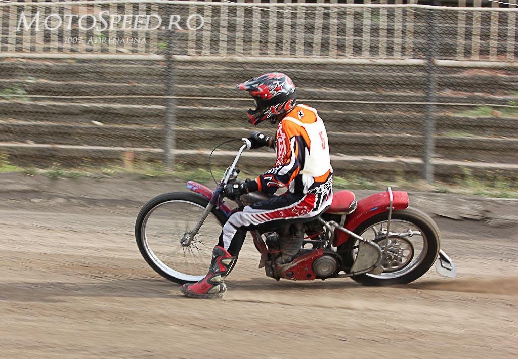 Detaliu foto - Ultima etapa campionatul national individual speedway 2012 42