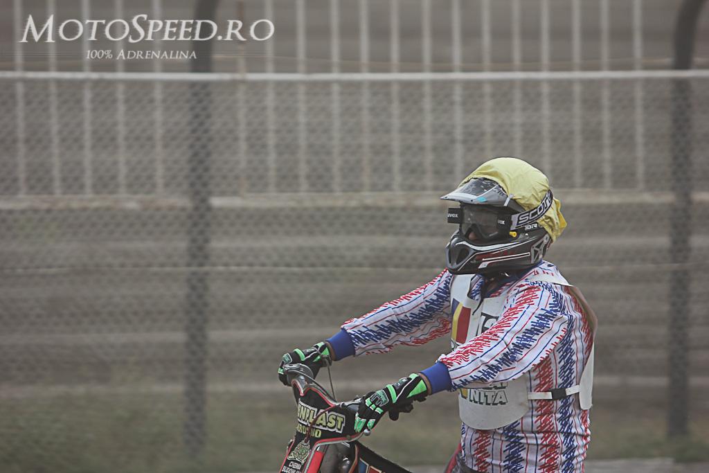 Detaliu foto - Ultima etapa campionatul national individual speedway 2012 85