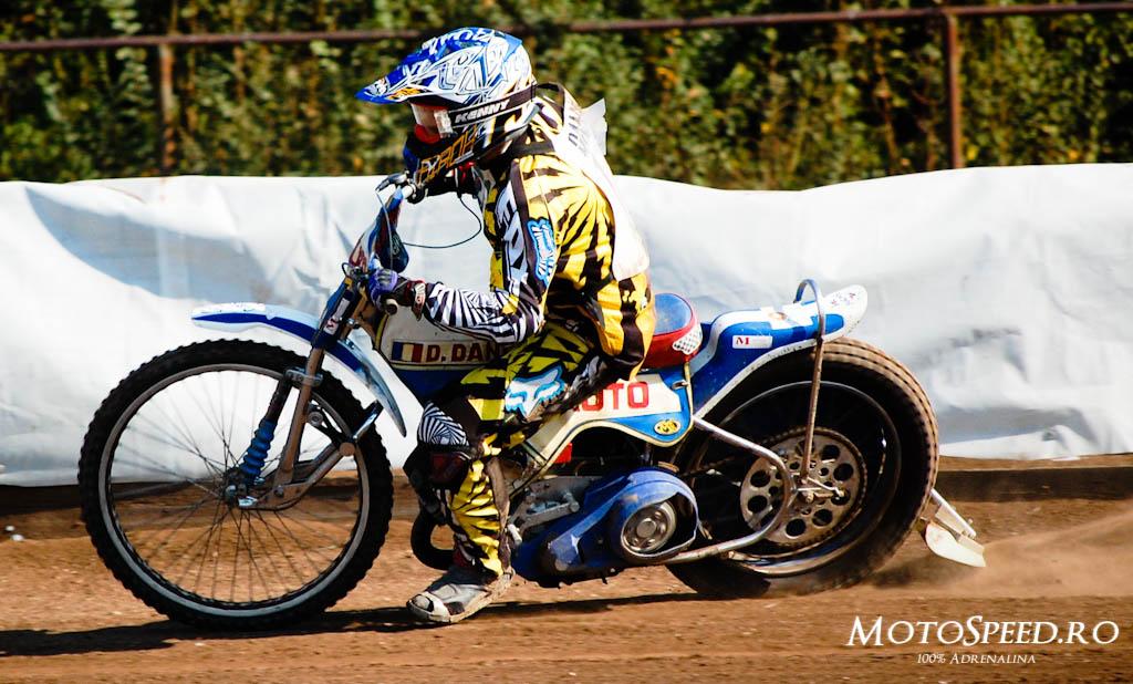 Detaliu foto - Ultima Etapa Perechi 2012 Speedway (112 of 186)