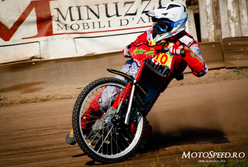 Detaliu foto - Ultima Etapa Perechi 2012 Speedway (12 of 186)