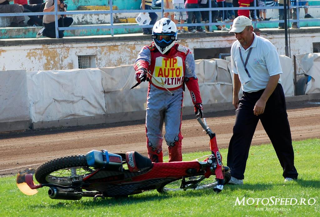 Detaliu foto - Ultima Etapa Perechi 2012 Speedway (148 of 186)
