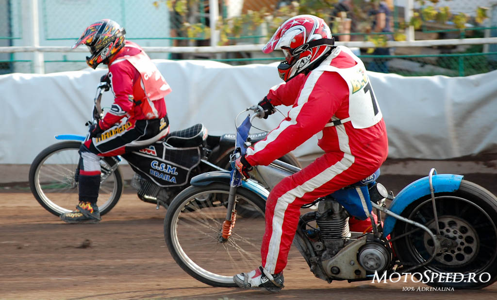 Detaliu foto - Ultima Etapa Perechi 2012 Speedway (154 of 186)