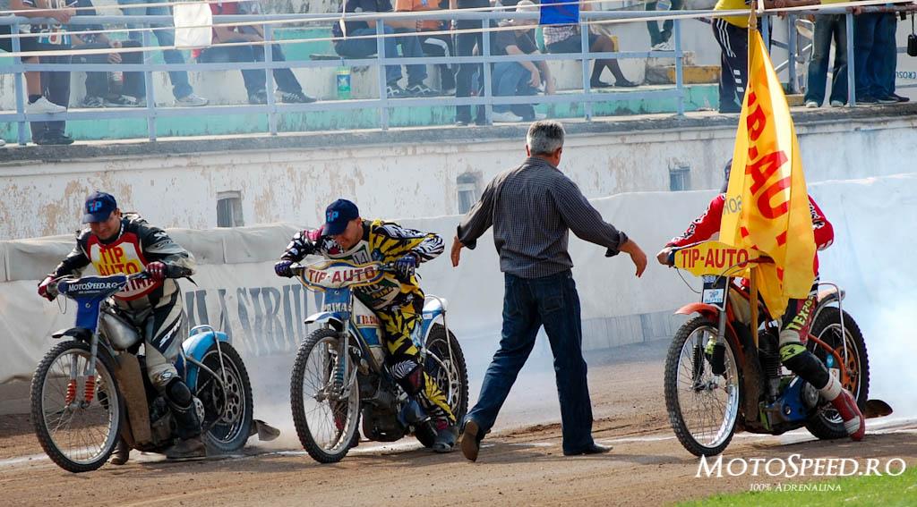 Detaliu foto - Ultima Etapa Perechi 2012 Speedway (171 of 186)