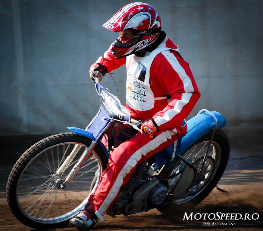 Detaliu foto - Ultima Etapa Perechi 2012 Speedway (38 of 186)