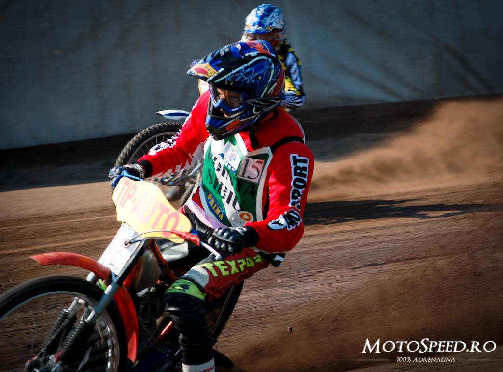 Detaliu foto - Ultima Etapa Perechi 2012 Speedway (41 of 186)