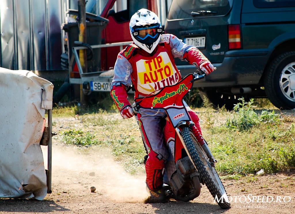 Detaliu foto - Ultima Etapa Perechi 2012 Speedway (43 of 186)