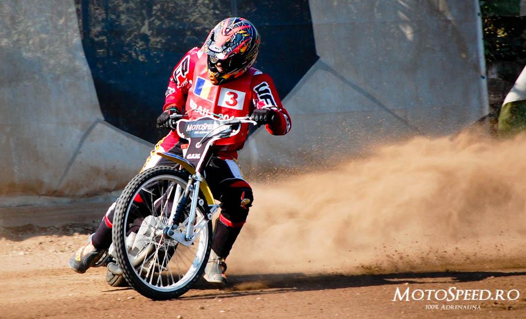 Detaliu foto - Ultima Etapa Perechi 2012 Speedway (56 of 186)