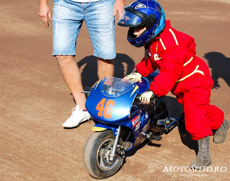 Detaliu foto - Ultima Etapa Perechi 2012 Speedway (8 of 186)