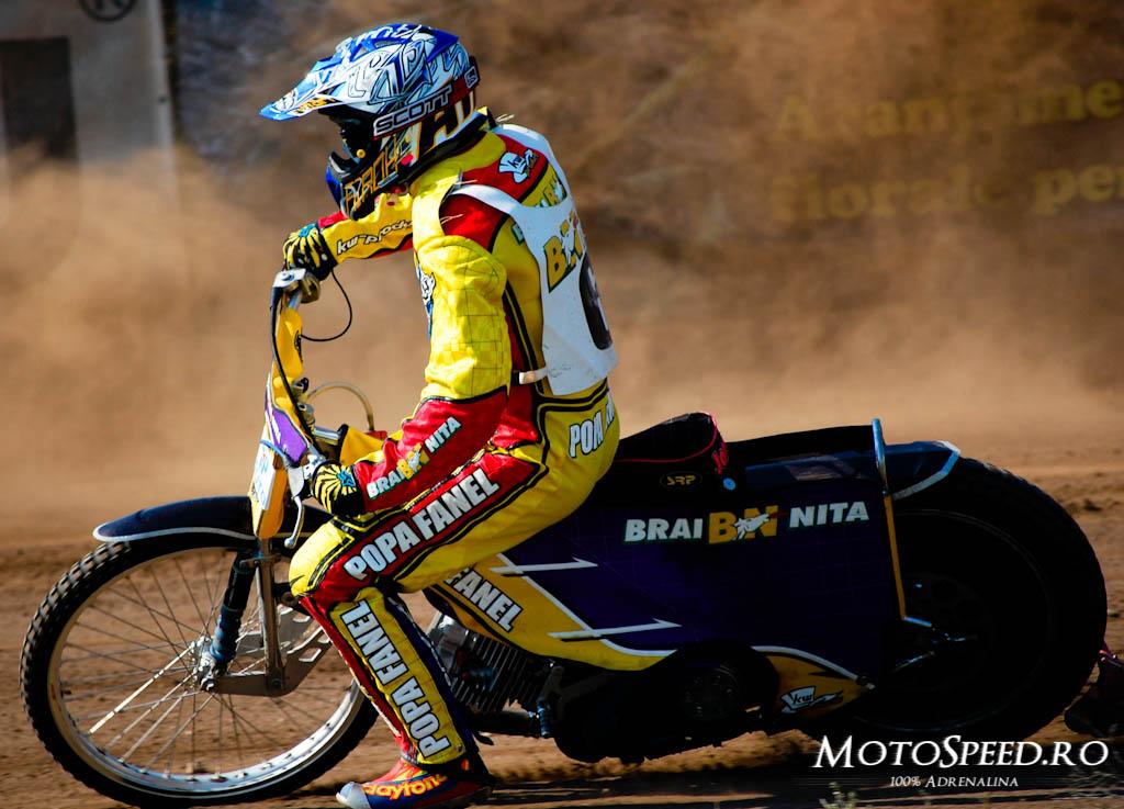 Detaliu foto - Ultima Etapa Perechi 2012 Speedway (82 of 186)
