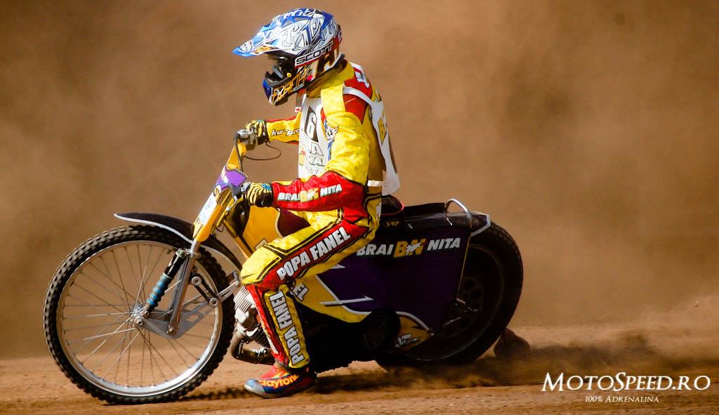 Detaliu foto - Ultima Etapa Perechi 2012 Speedway (83 of 186)