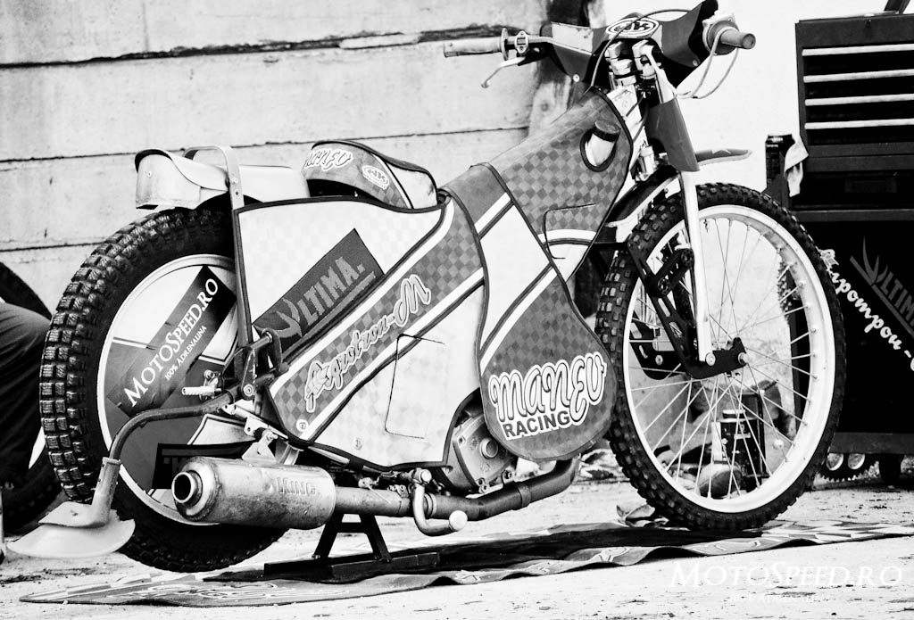 Detaliu foto - Ultima Etapa Perechi 2012 Speedway (9 of 186)